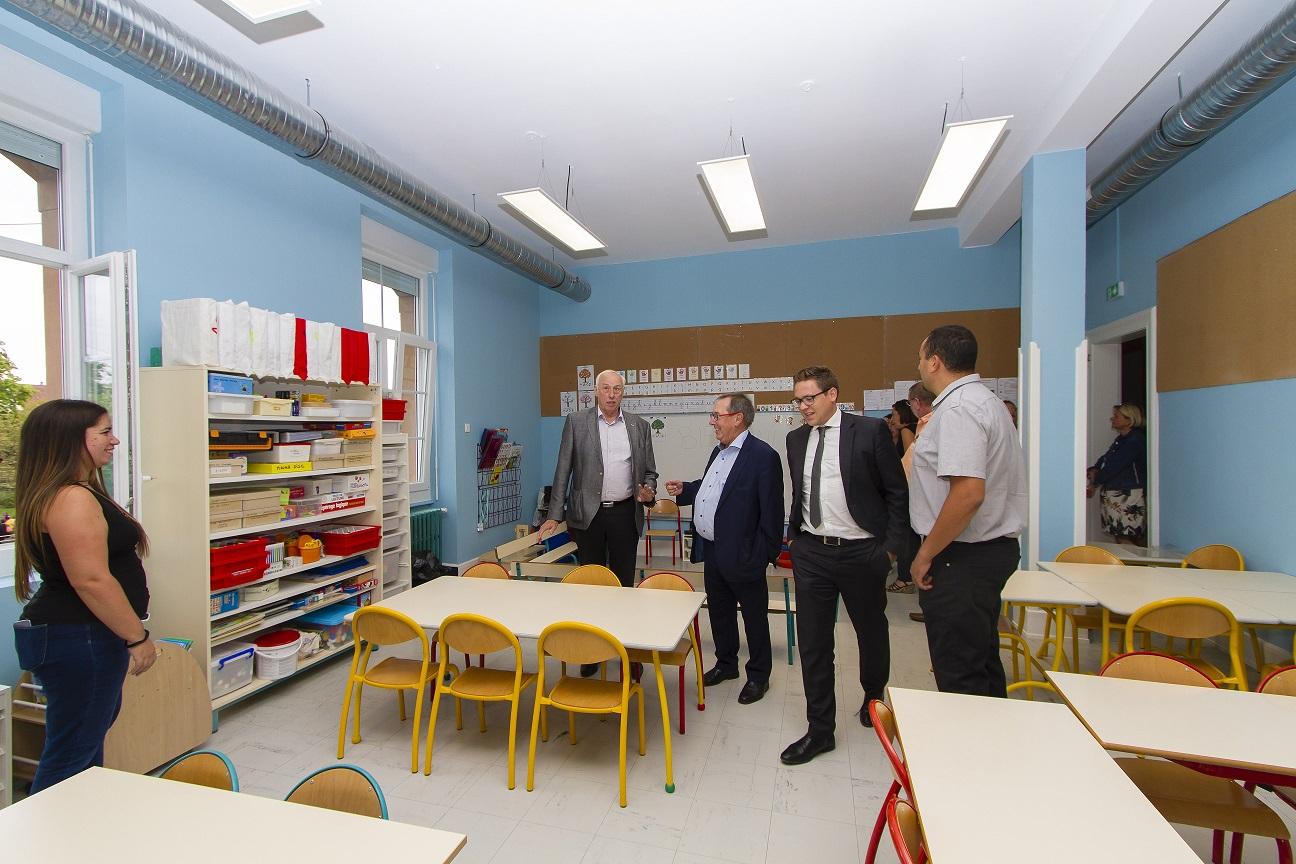 Inauguration de la rénovation BBC de l'école maternelle Sarasin
